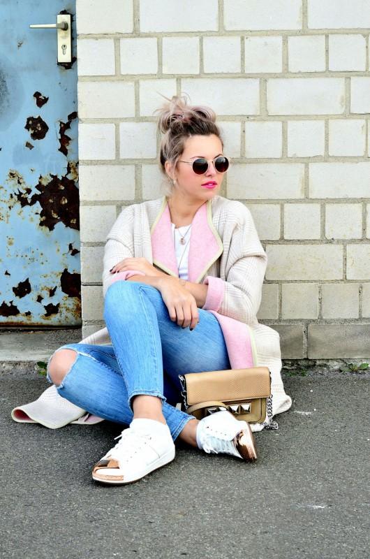 Fashionzauber-rosa-mantel-Jeans-Metal-Cap-Toe-Sneaker-rosegold-Linea-pelle-Grayson-bar-Bag