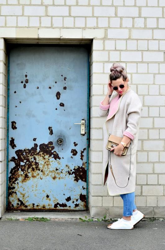 Fashionzauber-rosa-mantel-Jeans-Metal-Cap-Toe-Sneaker-rosegold