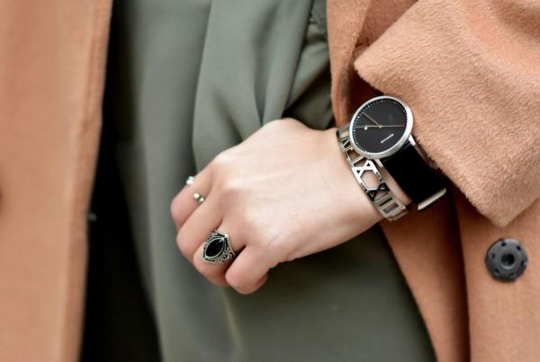 bering-uhr-schwarz-silber-accessoires-Fashionzauber-Modeblog-Fashionblog-berlin