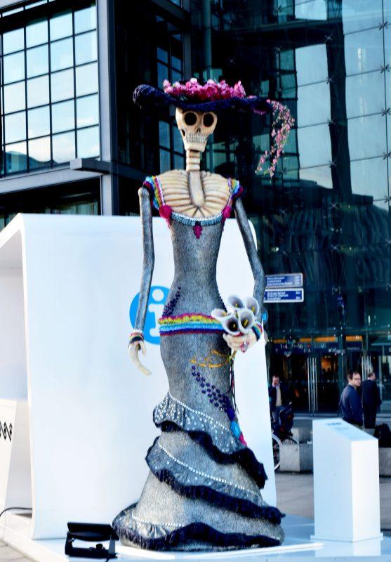event-entdecke-mexico-red-carpet-mexico-night-ausstellung-berlin-fashionzauber-lifestyle-blog-berlin