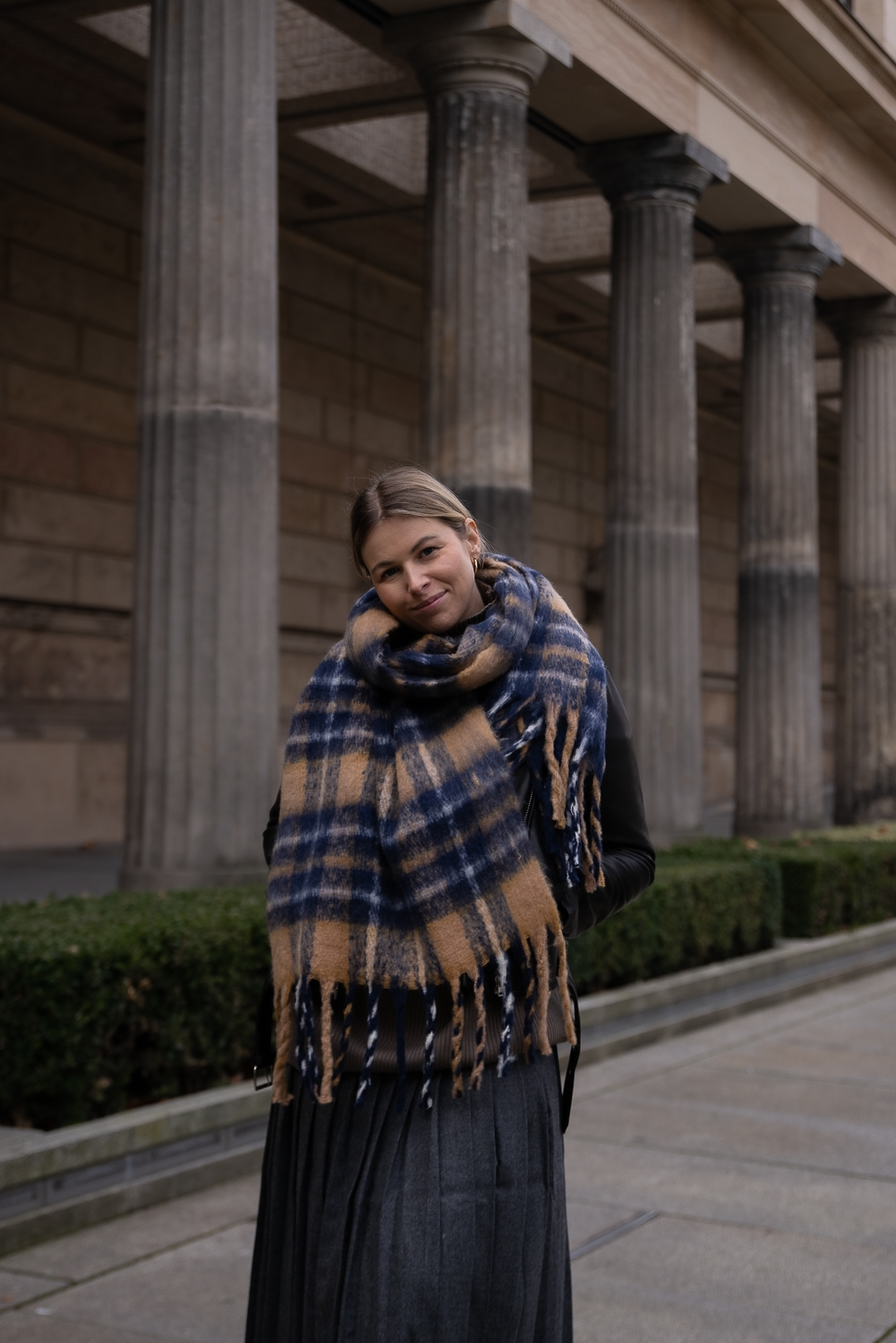 Must-haves-Winter-xxl-schal-wolle-oversized-modeblog-berlin