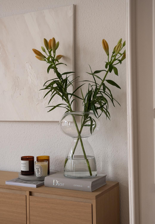 japandi-interior-einrichtung-wohntrend-2021-ufo-vase-dekoration