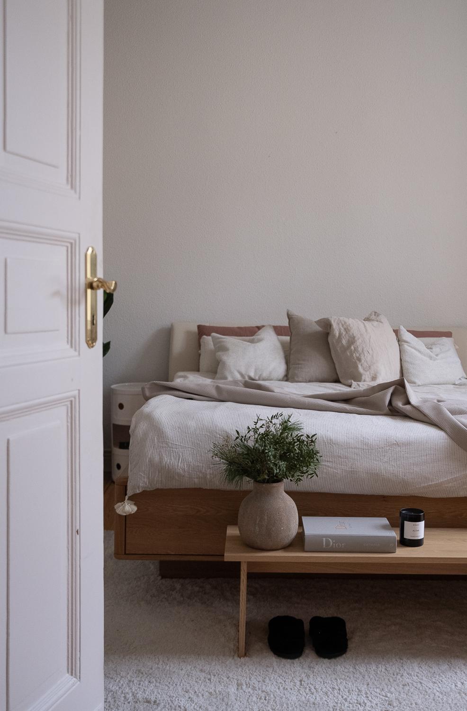 japandi-wontrend-wohnstil-aline-kaplan-interiorblog-einrichtungsstil-schlafzimmer