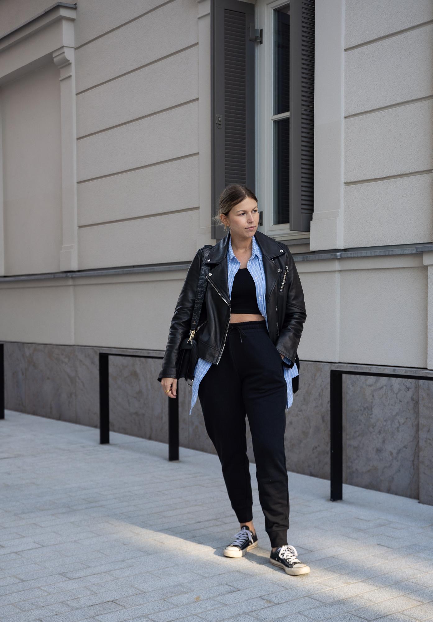 athleisure-outfits-sweat-pants-jogger-sneaker-new-balance-aline-kaplan-modeblog-berlin