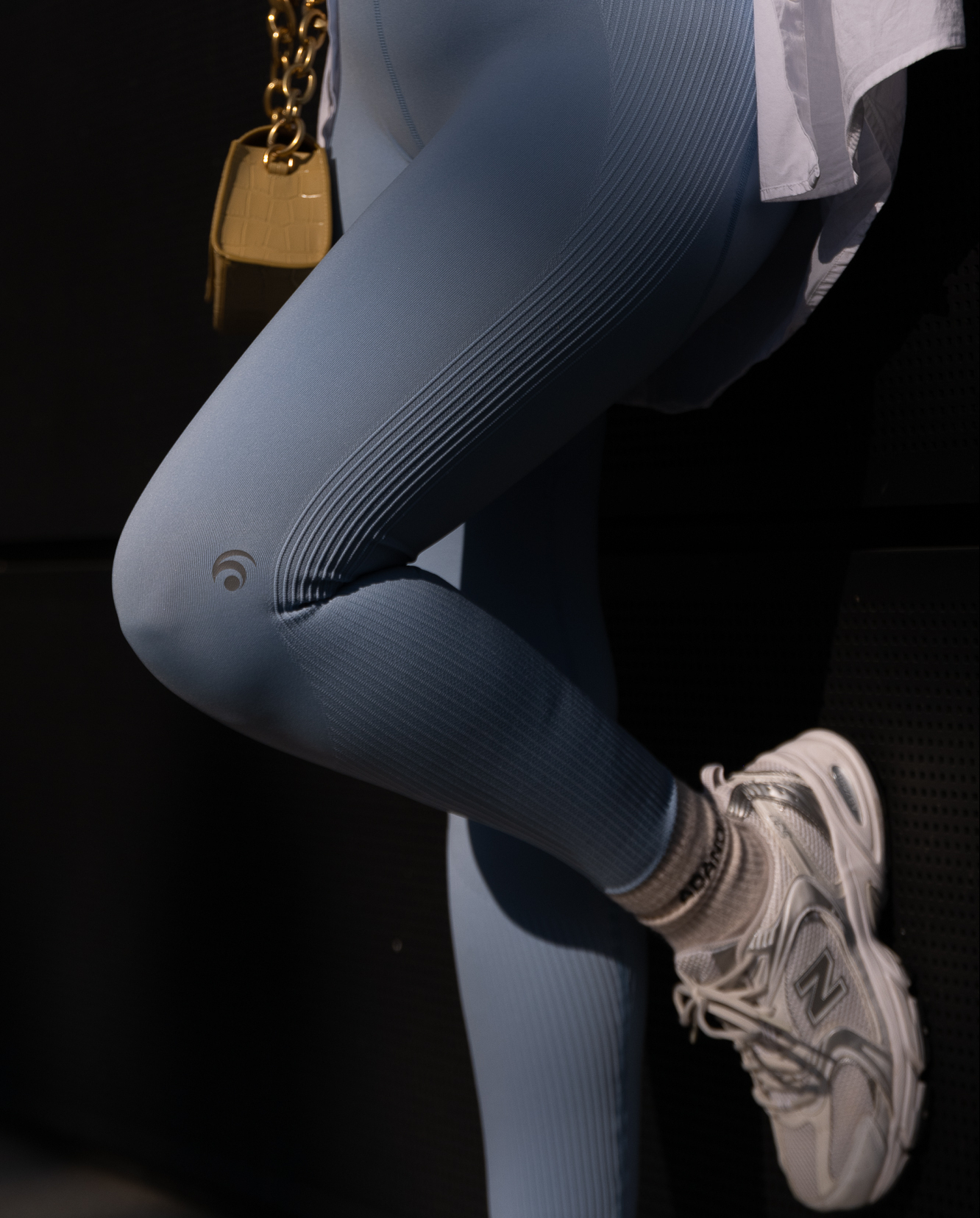 athleisure-outfits-trenchcoat-sneaker-new-balance-aline-kaplan-modeblog-berlin-1